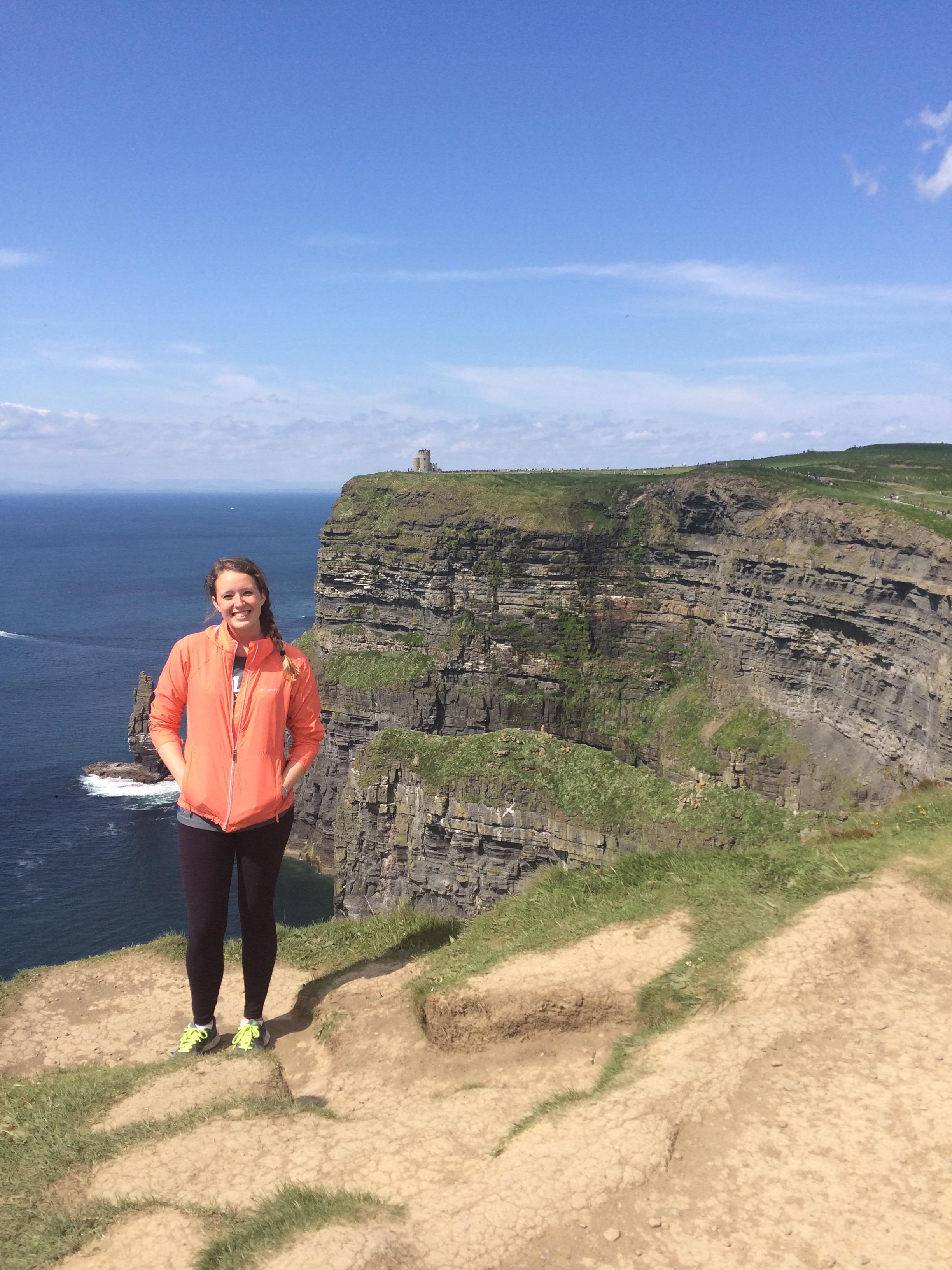 Ireland Maynooth- Madeleine Vande Polder in Cliffs of Moher