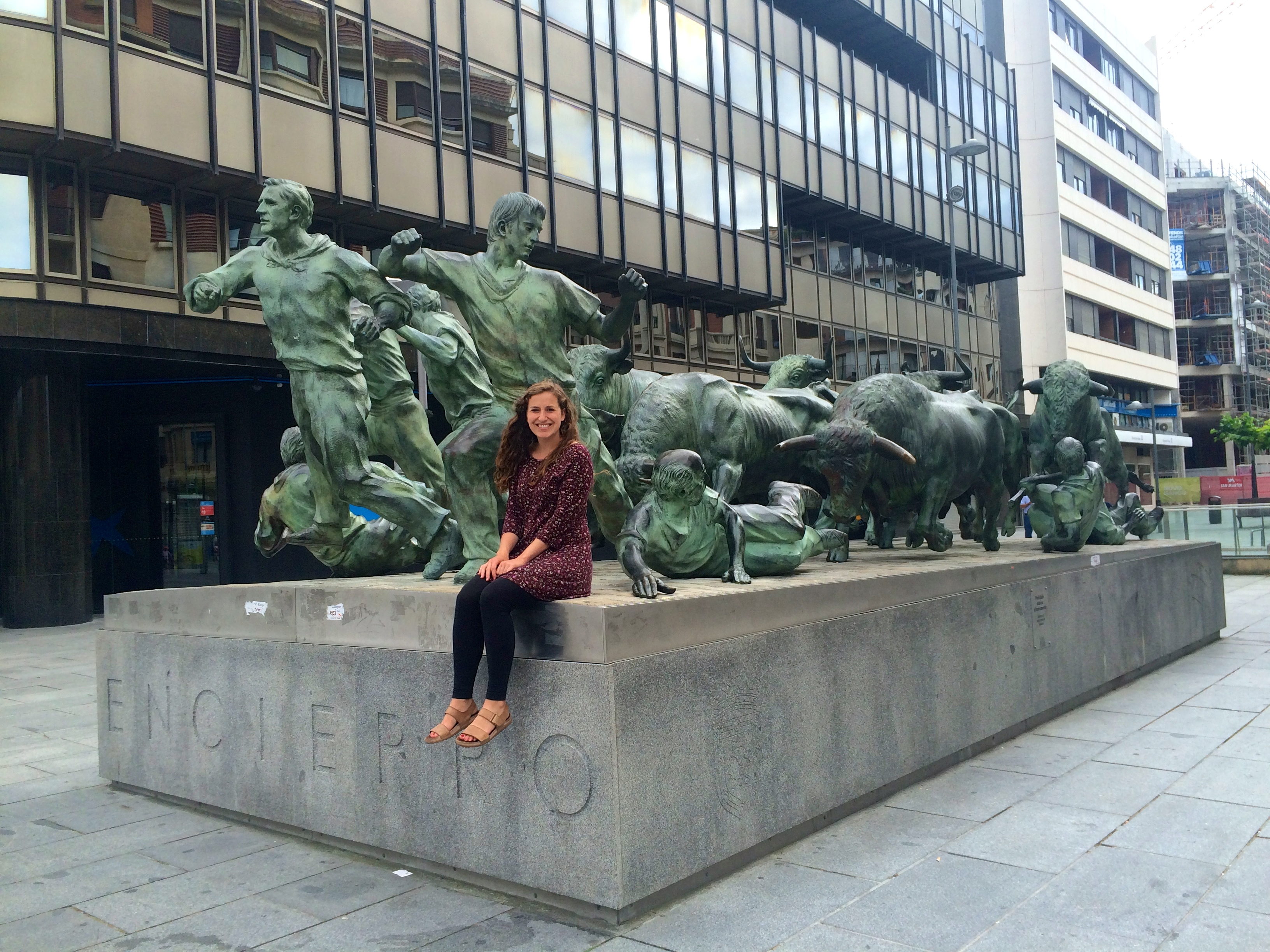 Spain ISEP- Leah Bell in Pamplona, Spain with the famous Running of the Bulls statue
